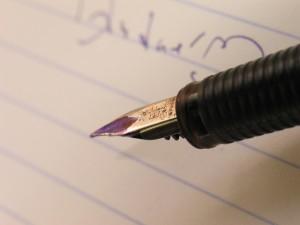 writing-1317009-640x480